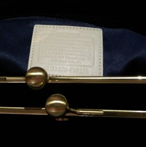 Beautiful white & gold Coach purse